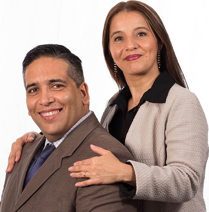 Ministros Daniel y Yamila
